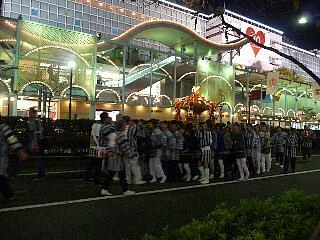 t4573瀬田玉川神社 例大祭 2009 午後6時45分頃